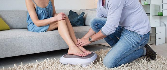 Beurer FM 60 elektrisches Shiatsu Fußmassagegerät mit Wärmefunktion